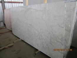 Слэбы из мрамор Bianco Carrara