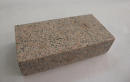 Брусчатка гранитная Головыринский (розовая) 100*200*60 мм (полнопиленная, верх термо)