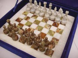 Шахматы из из оникса