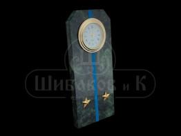 """Sv23-00163 Часы """"Погон - лейтенант""""с синими просветами змеевик 60*45*150 мм"""