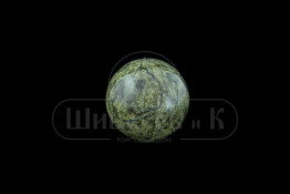 Sv23-00069 Шар полированный змеевик (баженовский) d-38-39 мм(геометрия нарушена)