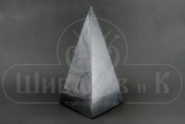 Sv59-00020 Пирамида шунгит полированная 45*80*45 мм