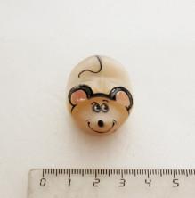 Sv44-00408 Крыса малышка из селенита 25*40*20 мм