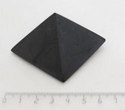 Sv59-00012 Пирамида шунгит полированная 50*50мм