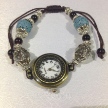 Стильный браслет- часы с вулканической лавой.