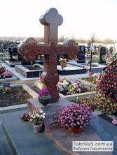 Крест на могилу из дымовского гранита