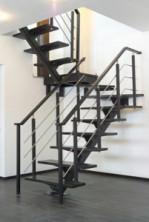 Кованые лестницы на металлокаркасе