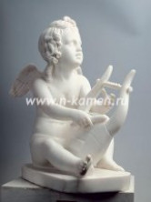Белые скульптуры из натурального камня