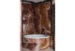 Круговая облицовка ванной с сохранением рисунка мрамора