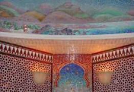 Отделка стен хамама мраморной мозаикой