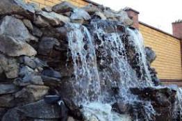 Водопад на участке