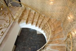 Лестница из Мрамора Россо Белиссимо