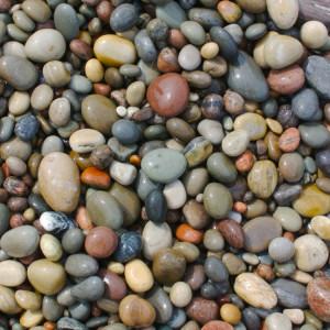 Изделия из речного камня