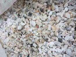 Крошка мраморная белая фракция 5-7мм,10-12мм