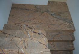 Лестница из мрамора Бидасар Браун