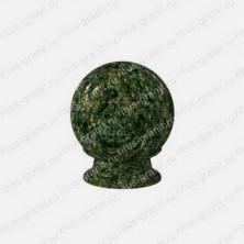 Шар из цветного зеленого масловского гранита
