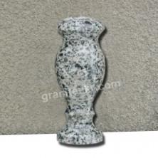 Гранитная ваза для кладбища