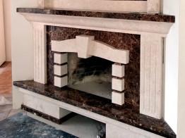 Камин из мрамора Крема Марфил и Имперадор Дарк