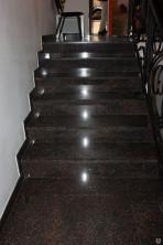 Ступени для лестниц гранитные