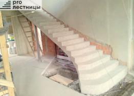 Монолитные бетонные лестницы вылитые плитой сплошными ступенями