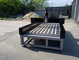 Фрезерный гравировальный станок для мрамора и гранита 2500х1300х300