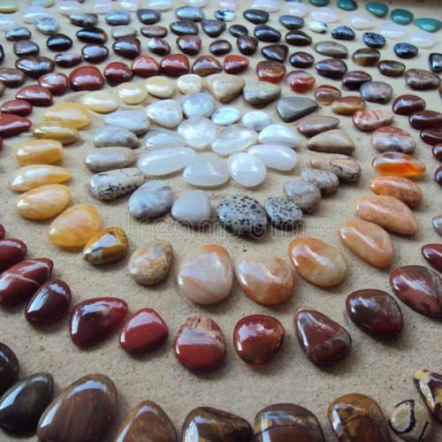 Sokolov запустил первое в России промышленное окрашивание камней