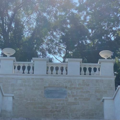 Стоимость ВАЗОНОВ на Константиновской лестнице в Керчи оценили почти в миллион рублей